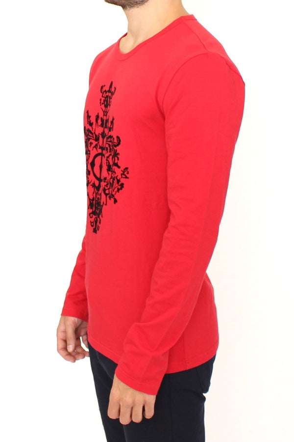 Red stretch pullover sweater