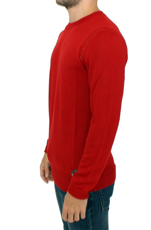 Red wool crewneck pullover sweater