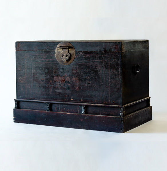 Antique Extra Large Wooden Trunk YX0608063-CABINETS & STORAGE-Wu & McHugh