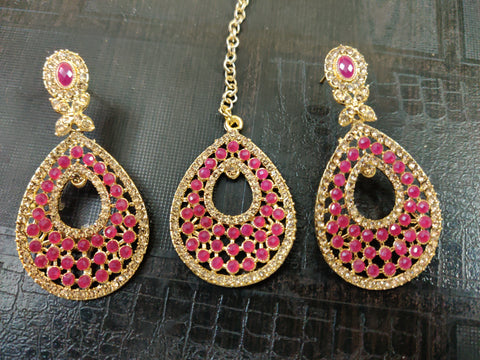 Partwear Earrings with Mangtikka (Pink)