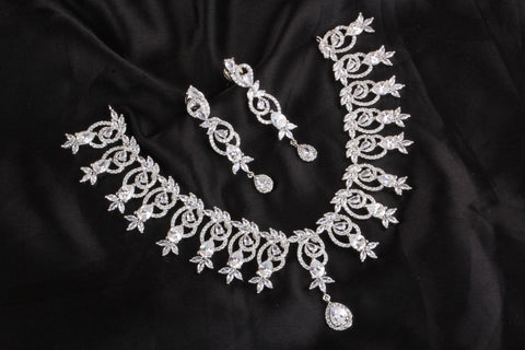 Premium Diamond Replica Necklace Code 911509SWC