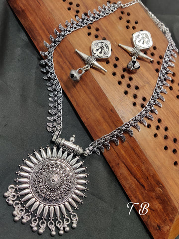 Oxidised Silver Long Sun  Necklace Set N.1400.100