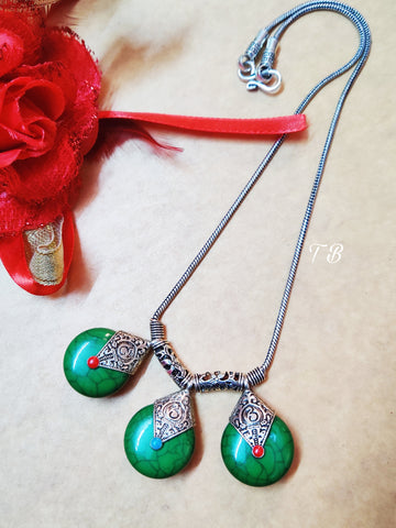 High Quality Oxidised Silver 3 Green Stone Trendy Necklace