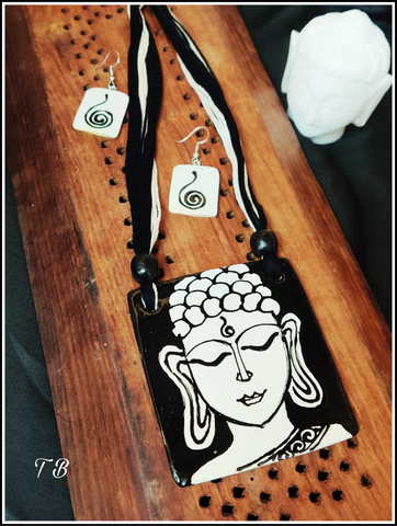 Buddha B&W Hand Painted Hand made & Crafted by Artisans Ceramic Necklace Set