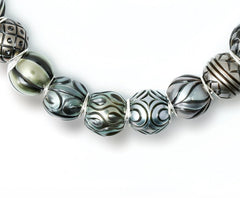 Galatea Pearl Queen Beads