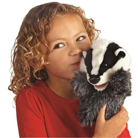 Folkmanis Little Badger Puppet Demo