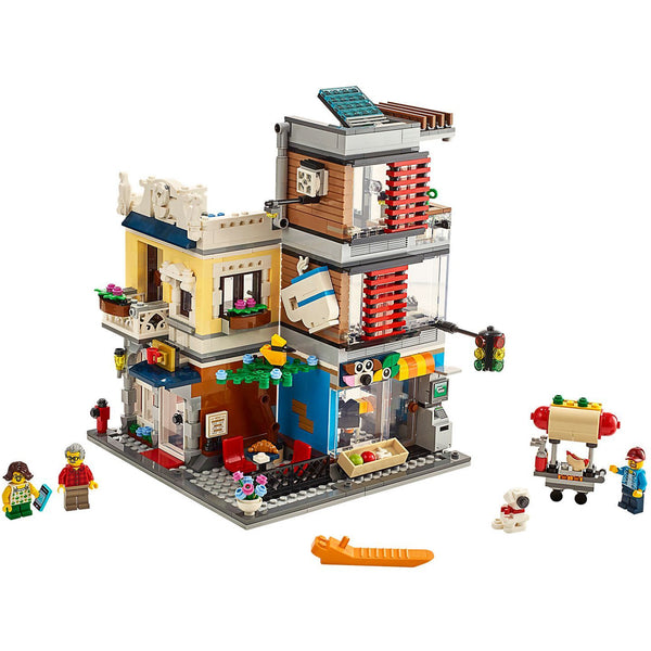 LEGO Creator Townhouse Pet Shop & Cafe canada ontario 31097 3in1 3 in 1