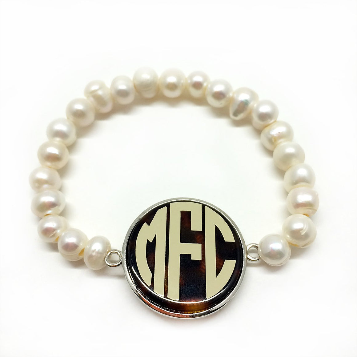 Fashion Stretchy Pearl Bracelet With Tortoise Shell Disk atlanta-jewelers-supply.myshopify.com