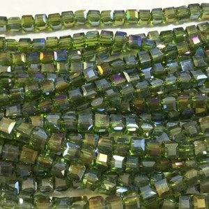 Chinese Crystal Faceted Cube 5mm - Peridot