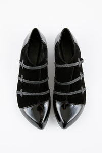 CB / velvet slip-on shoes