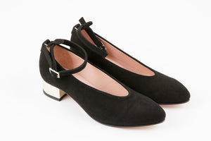 ANITA / black suede pumps
