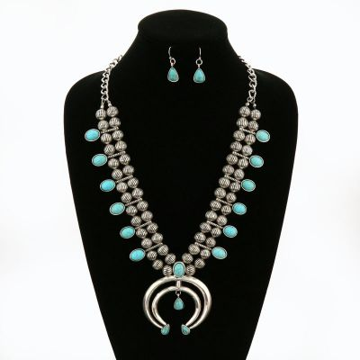 Turquoise Tips Squash Blossom Necklace Set