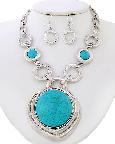 Chunky Silver/Turquoise Pendant Set