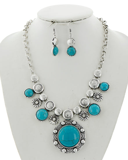 Silver/Turquoise Pendant Set