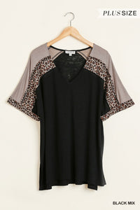 Plus Size Animal Print V-Neck Color Block