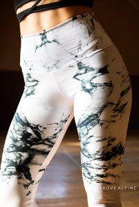 Marble Leggings in Arctic White