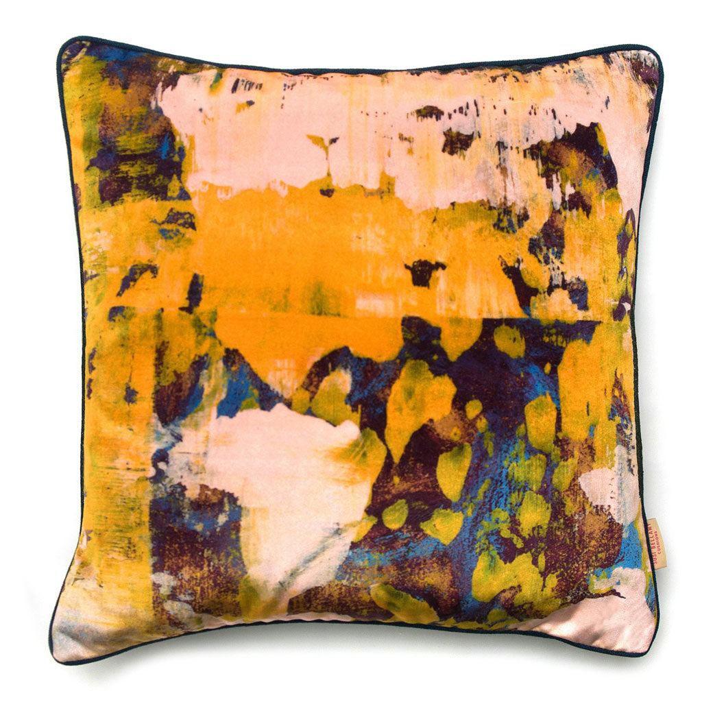 Osmosi Giallo Abstract Velvet Square Cushion