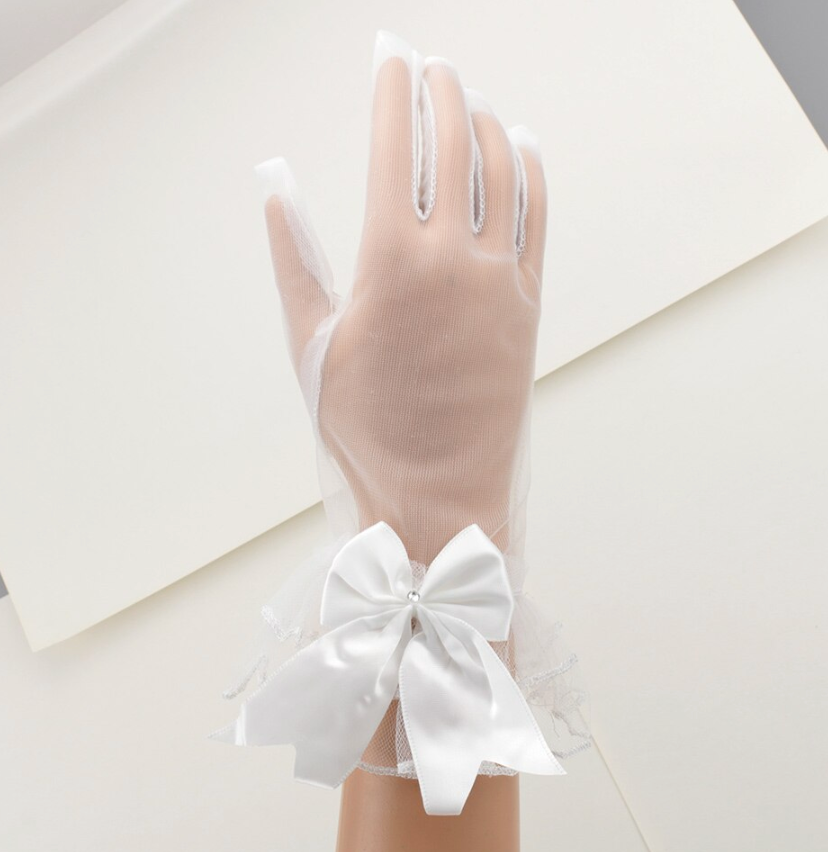 Short Lace Bow Tie Bridal Wedding Gloves