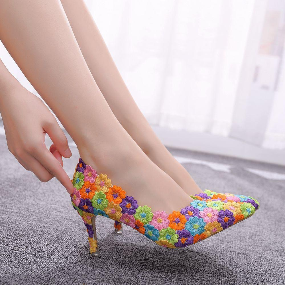 Crystal Queen Women Shoes mutilcolor Lace Wedding Shoes High Heels Big Size Shoes Sweet Pumps