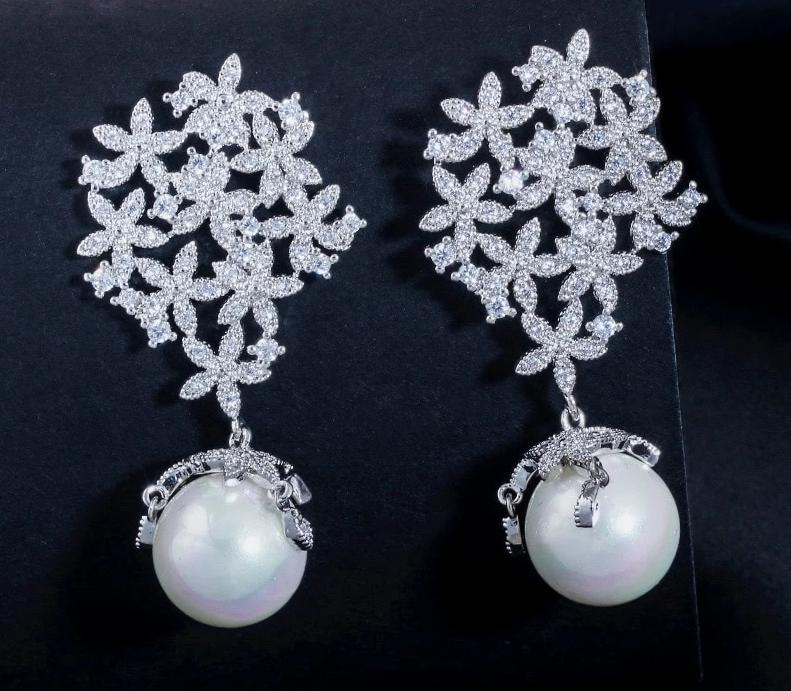 White Cubic Zirconia Elegant Bridal Big Flower Drop Pearl Earrings