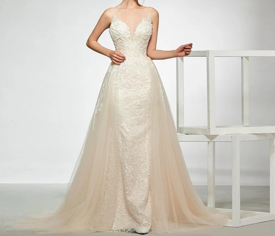 Elegant V Neck  Mermaid Trumpet Wedding Dress with Detachable Train