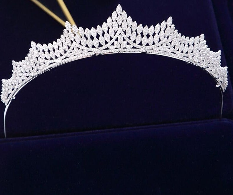 Elegant Brides Tiaras Crowns Full Zircon Brides Sparkling Plated Crystal Wedding Hair Accessories