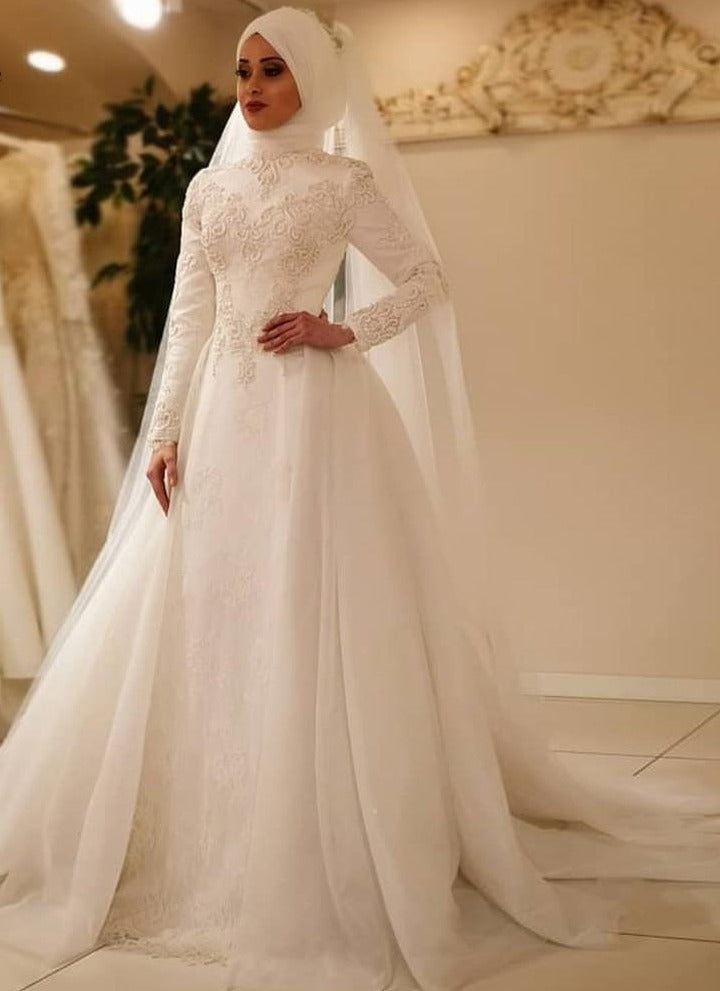 Elegant Long Sleeve O Neck Muslim Tulle Wedding Dress, Plus+ Sizes Available