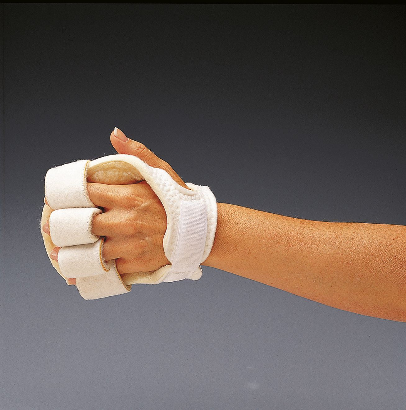 Rolyan Palm Protector Splint with finger separators