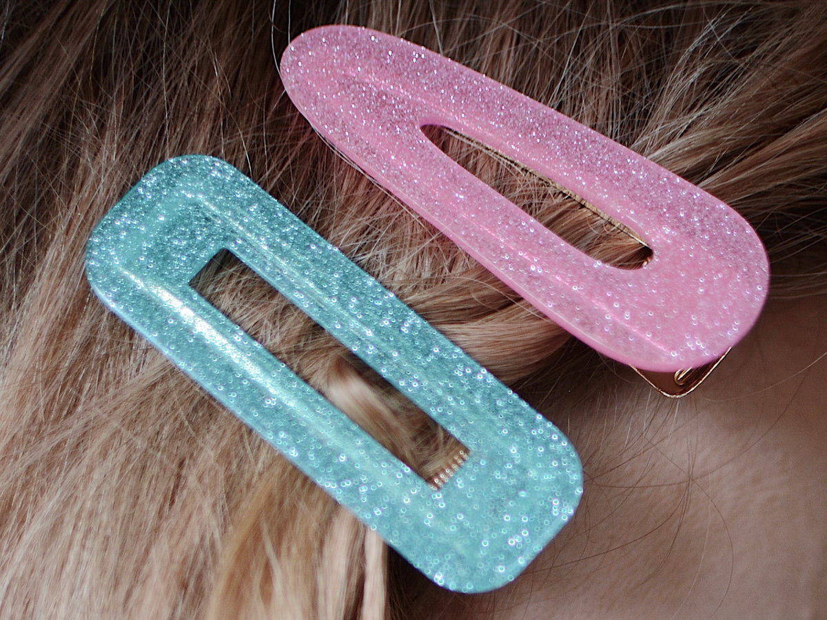 Geometric hinged barrette in 'Seafoam Glitter'