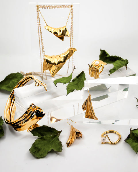 PLAITLY Drapery Jewelry in Gold