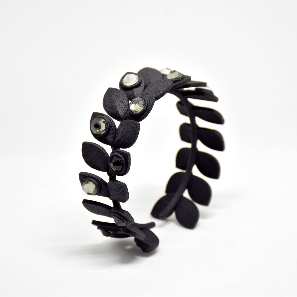 Dewdrop Bracelet in Black