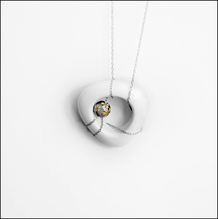 Porcelain Pendant in White