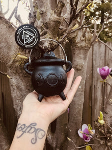 Cast Iron Cauldron | Triple Moon Goddess | With Lid
