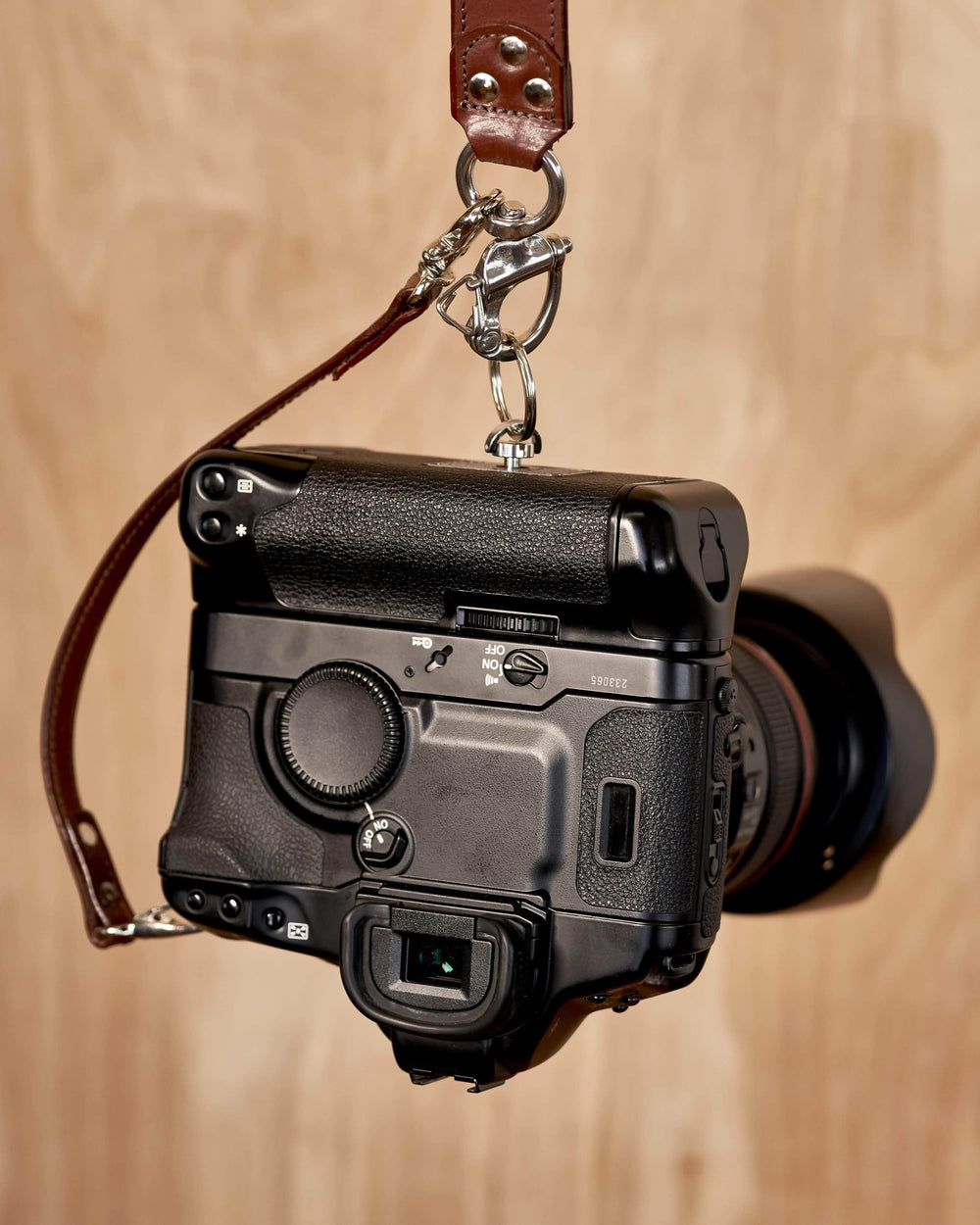 Multi-Camera Leather Strap BLACK