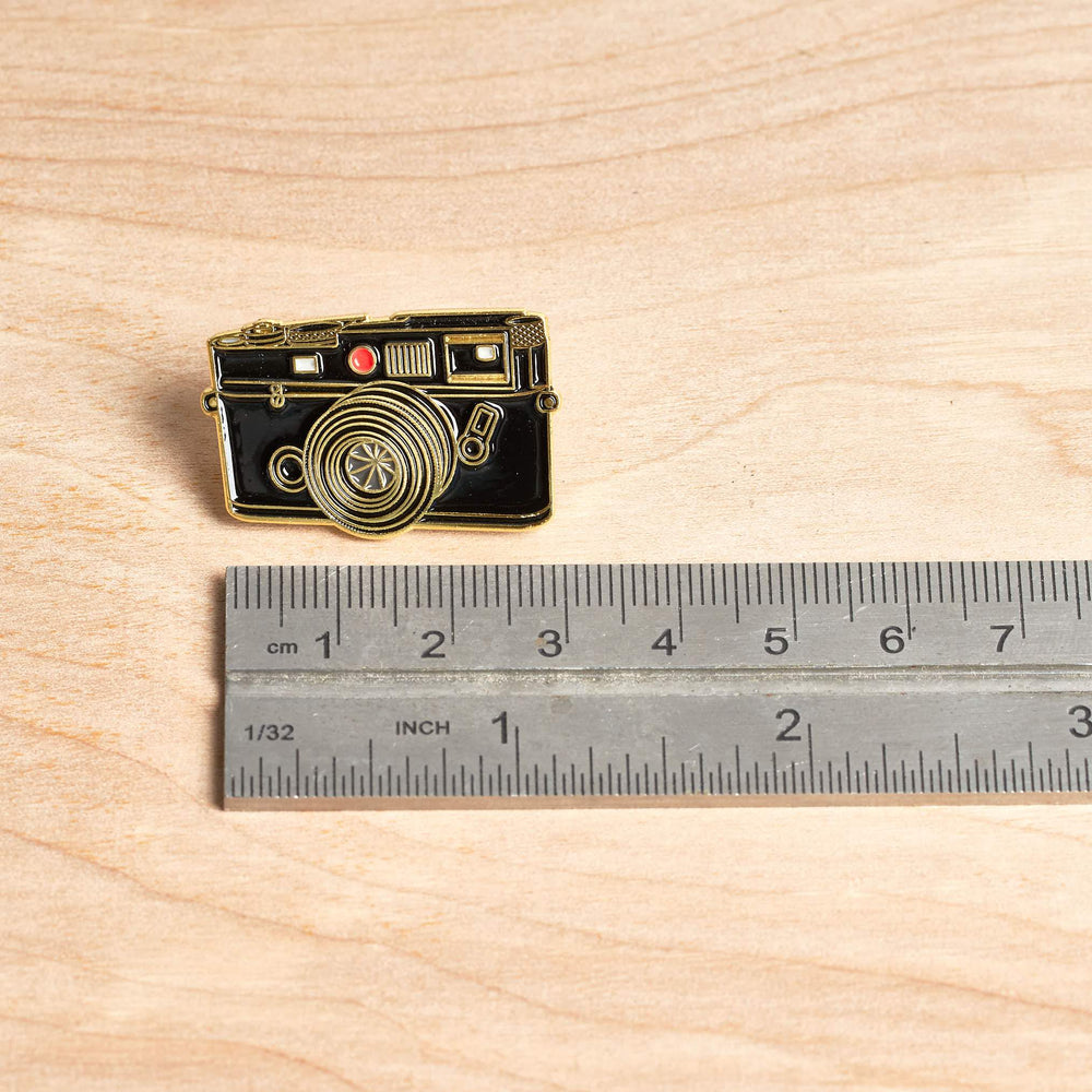Rangefinder Camera #5 Gold Pin