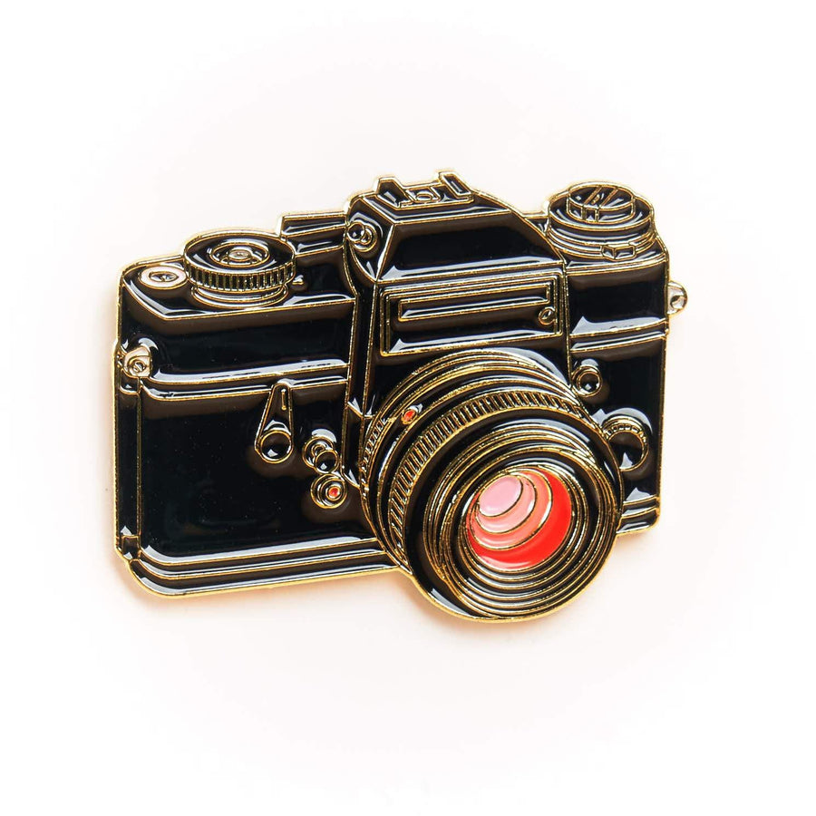 Lei. Flex 35mm SLR Camera Pin Black & Gold