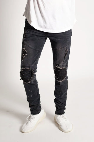 Destroyed at the Knee Skinny Jeans (Black)
