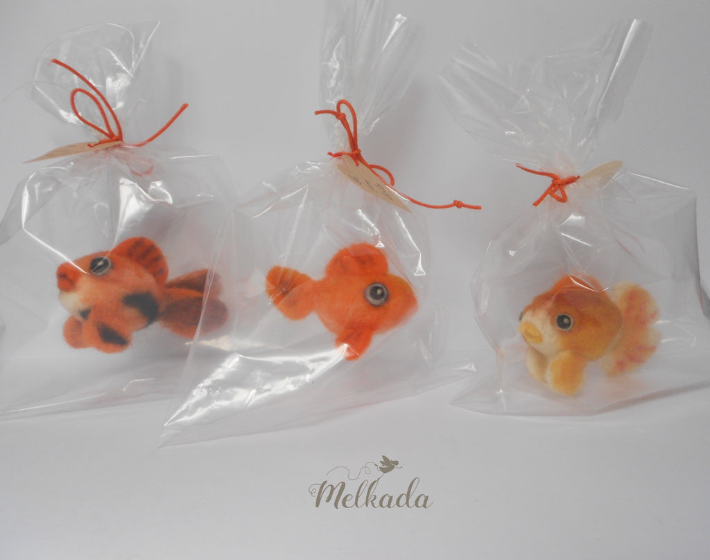 Needle felted Goldfish - Goldfish figurine - Goldfish in a bag - Nemo