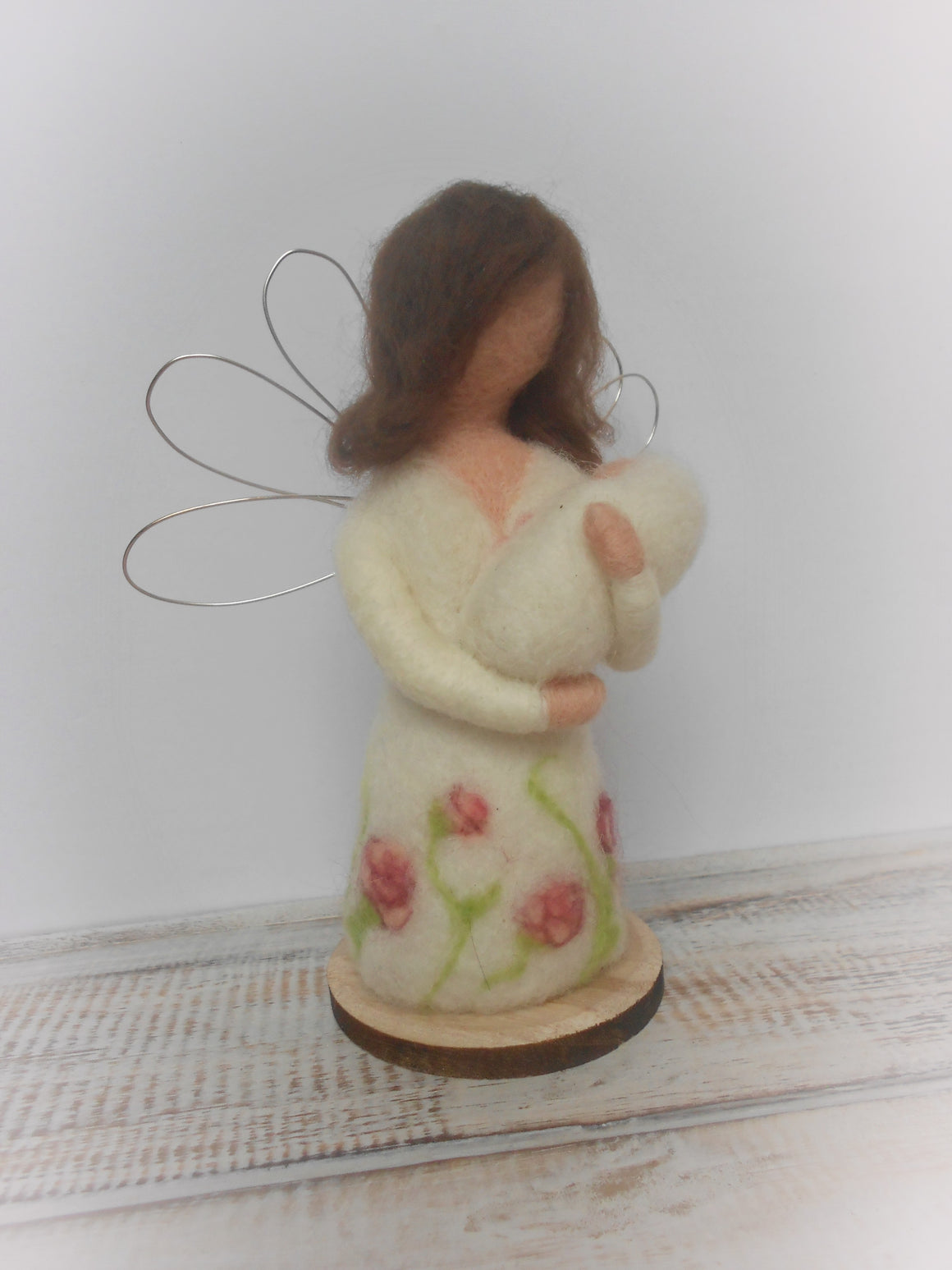 Mother's day gift, Mother's day angel, Mother's love, Needle felted angel, Angel figurine, Gift for Mum, Gift for Grandmother, Mum present