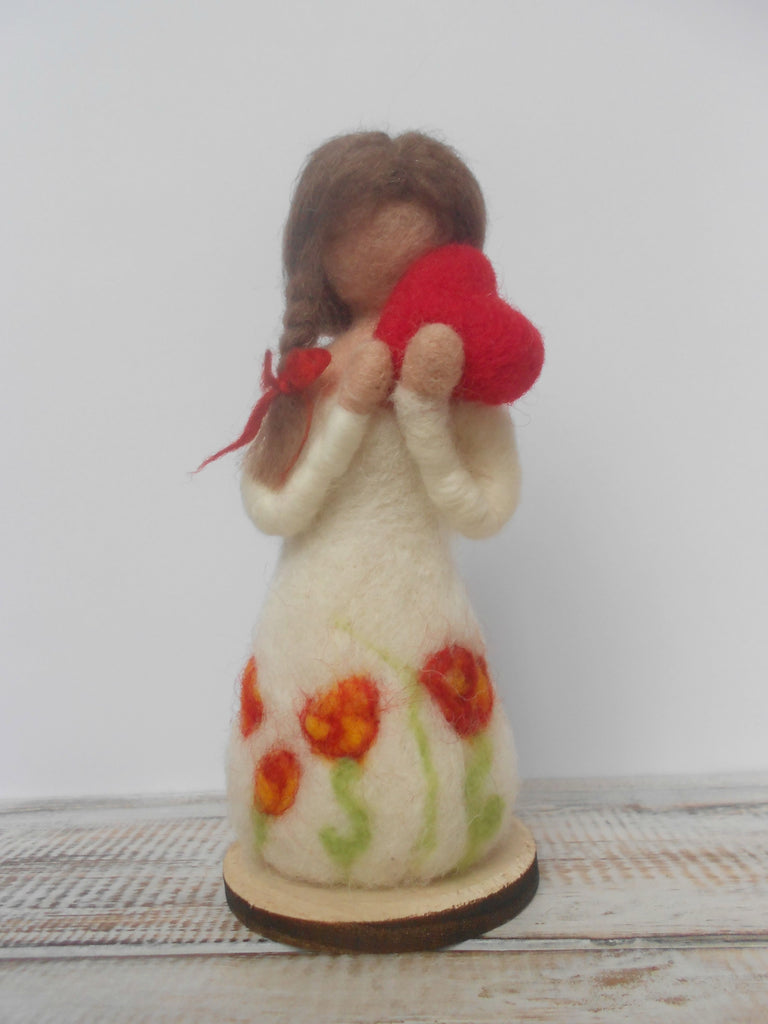 Mother's day gift, Thank you gift, Gift of love, Needle felted angel, Angel figurine, Gift for Mum, Gift for Grandmother, Womans gift
