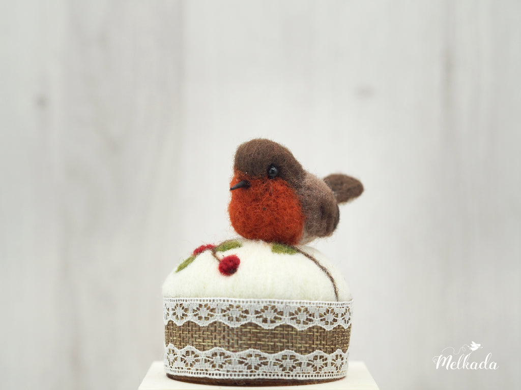 Felt robin, Bird pincushion, Bird art, Bird sculpture, Robin figurine