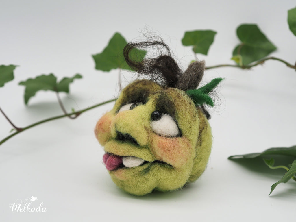 Pumpkin Decoration with a face, Needle Felted Pumpkin, Thanksgiving Decoration