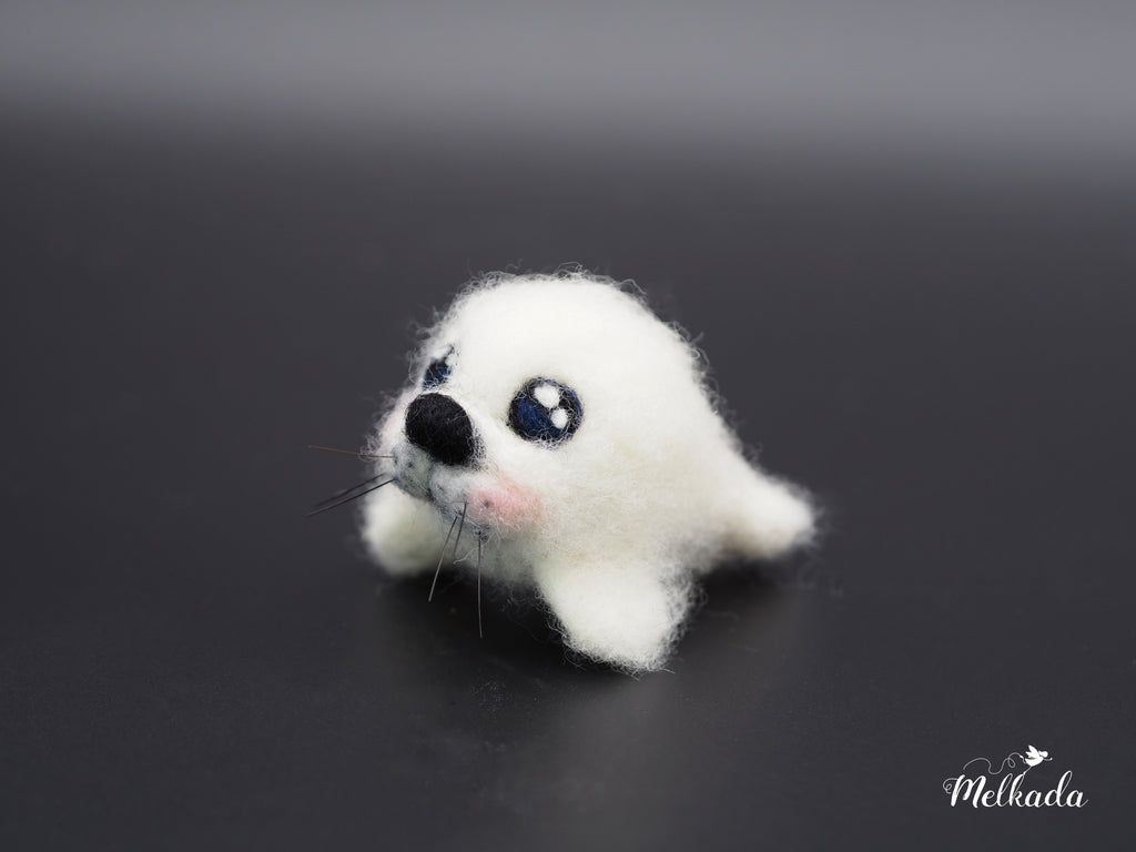 Baby seal, Needle felted seal, Desktop decoration