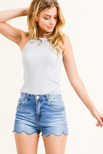 MID RISE SCALLOP HEM SHORTS | denim jean