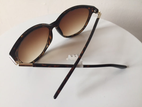 Kenneth Cole Tortoise shell Sunglasses