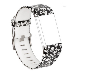 Fitbit_Charge_2_Patterns_Skull_and_Crossbone_S5B562TX950C.png