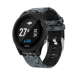 Garmin_Fenix_5_and_Fenix_6_Pattern_Straps_NZ_Silicone_Black_and_Grey_Camo_SE8HGJ3AESHR.jpg