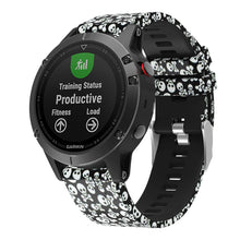 Garmin_Fenix_5_and_Fenix_6_Pattern_Straps_NZ_Silicone_Skulls_and_Crossbone_SE8HKNNW1YTT.jpg