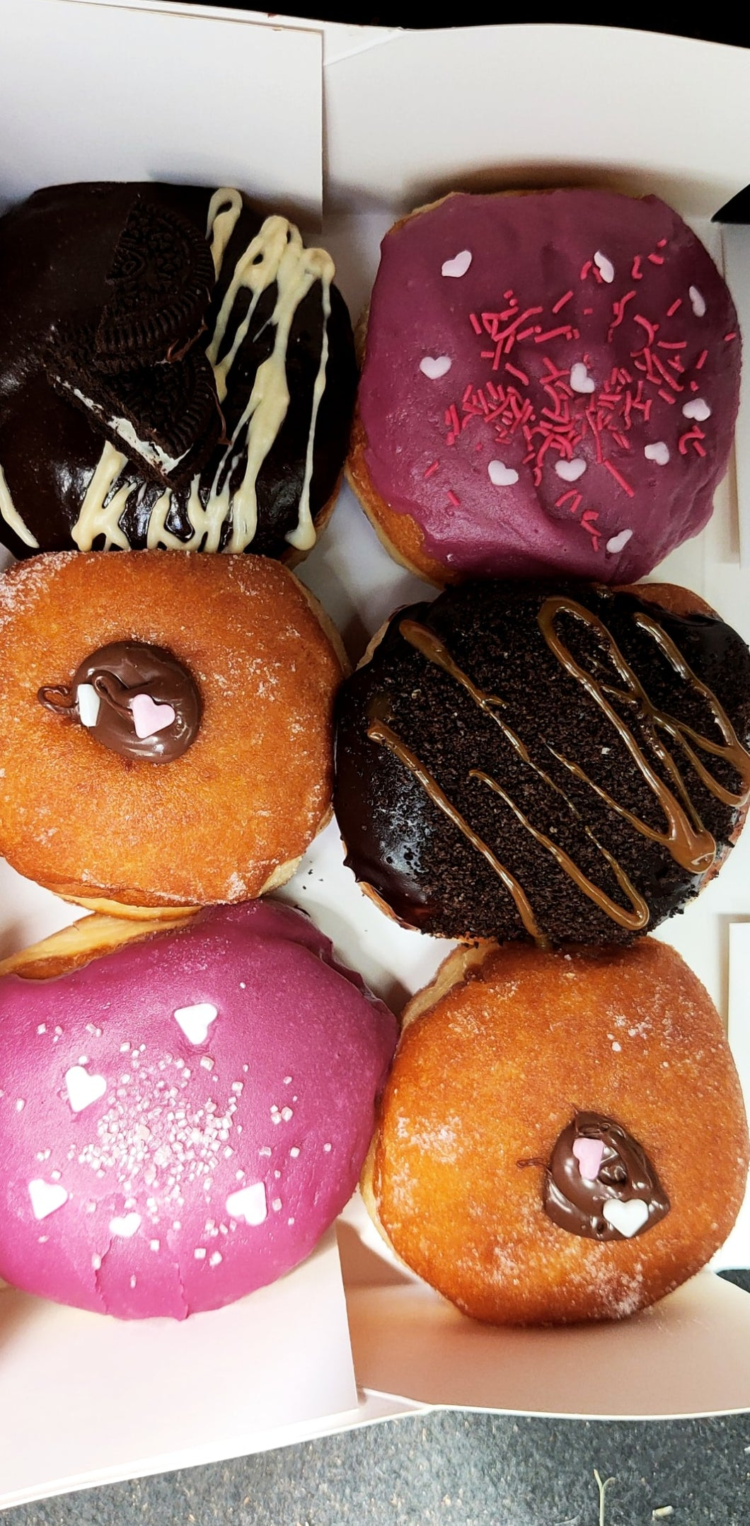 6 mixed donut box - donut empire