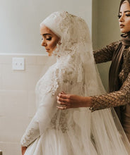 Cascade Lace Cathedral Veil